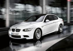 AudiiA4s 2010 BMW M3