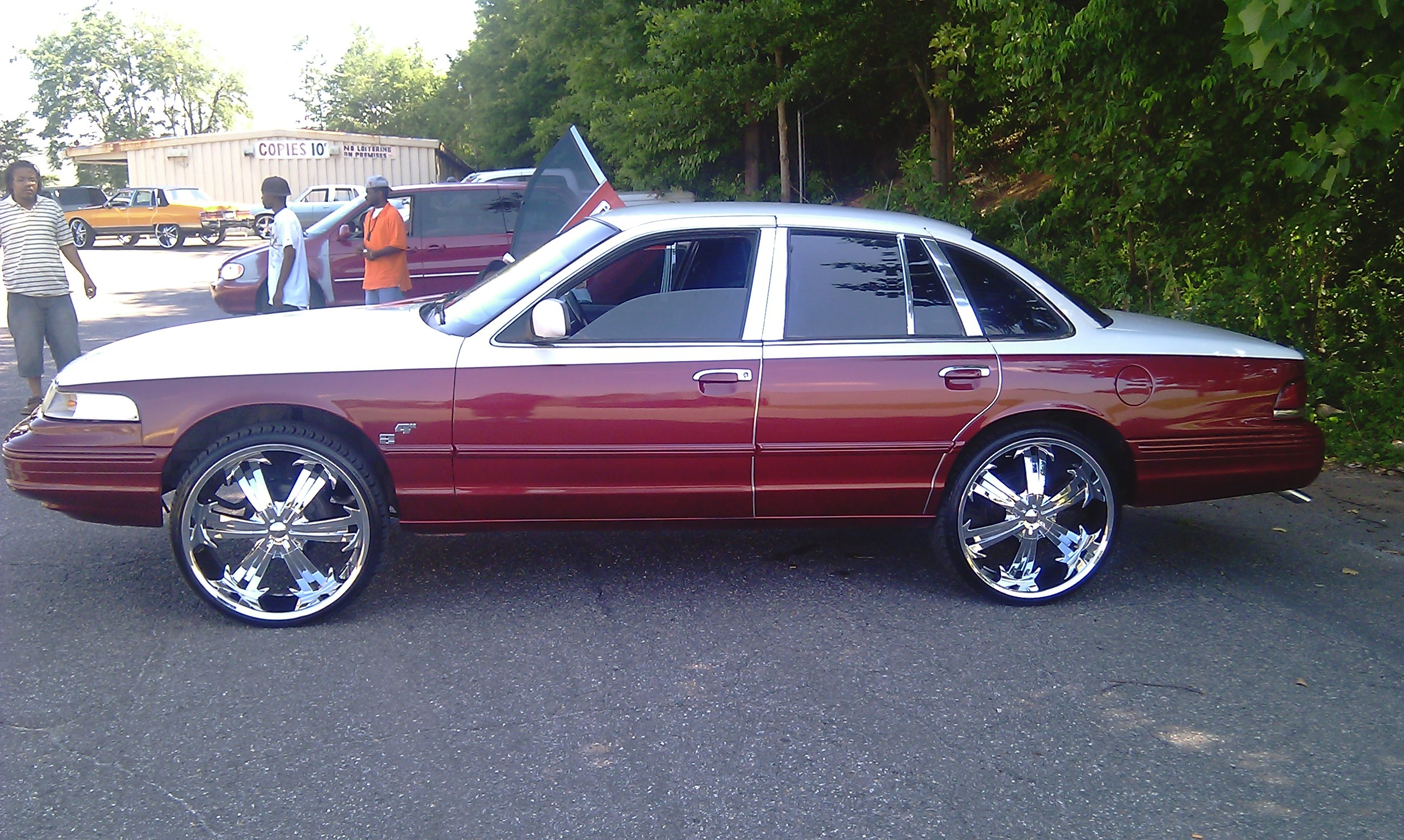Another Manalow2006 1996 Ford Crown Victoria post... - 13971766