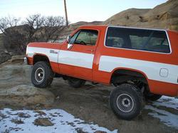 OrangeKhaosWgn 1991 Dodge Ramcharger