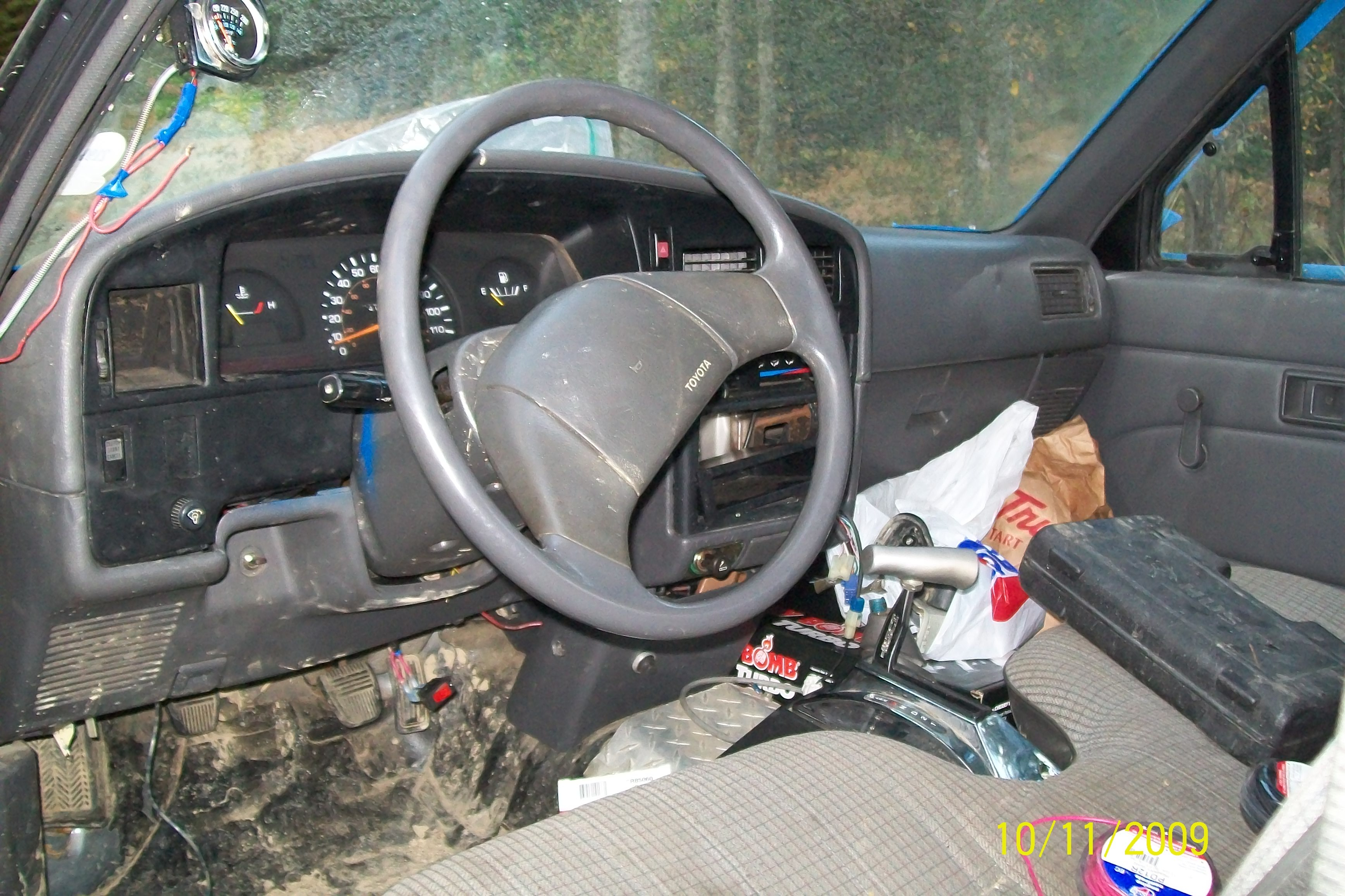 michael_preston9 1990 Toyota Regular Cab 13976118