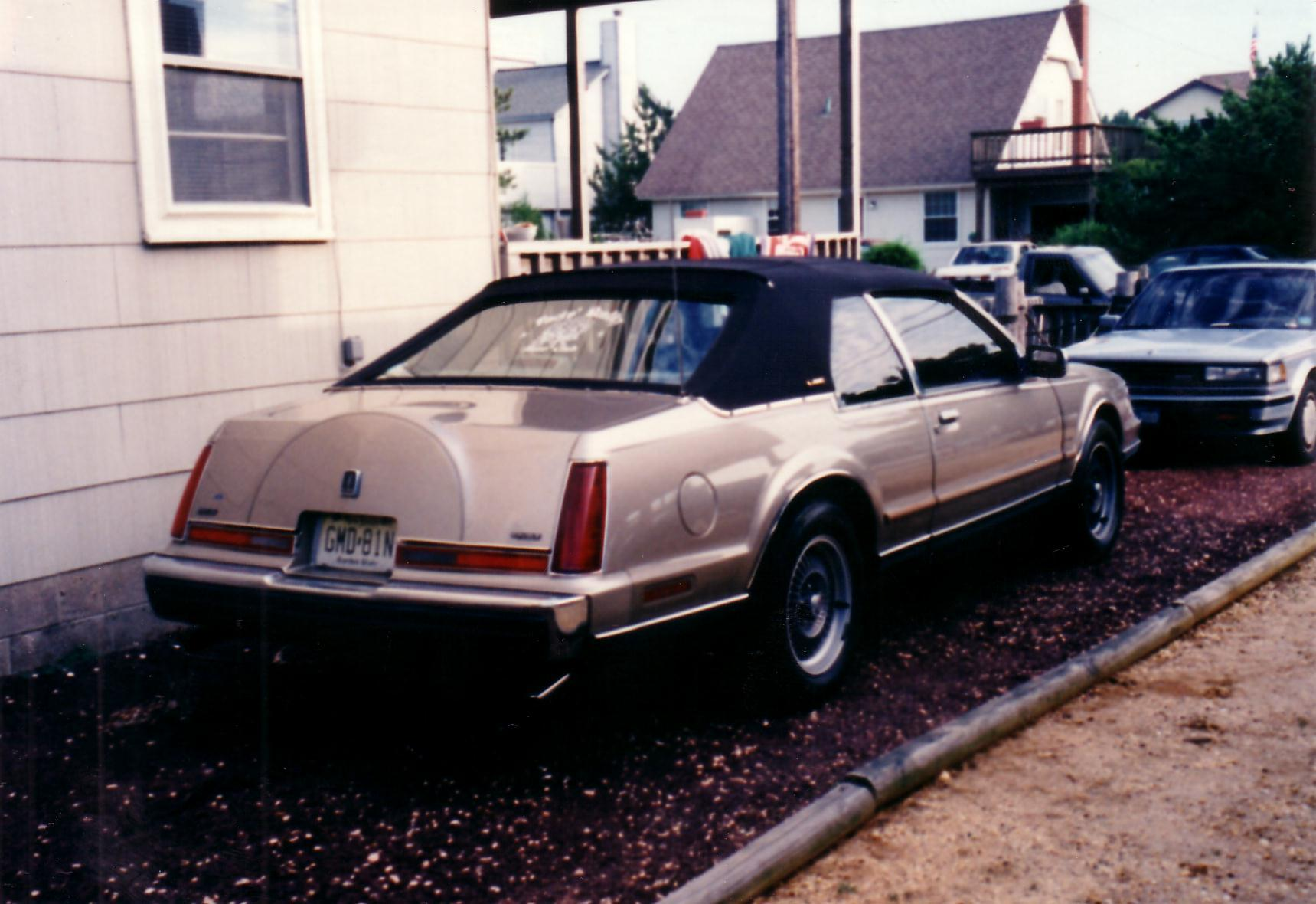 wheelman322's 1988 Lincoln Mark VII
