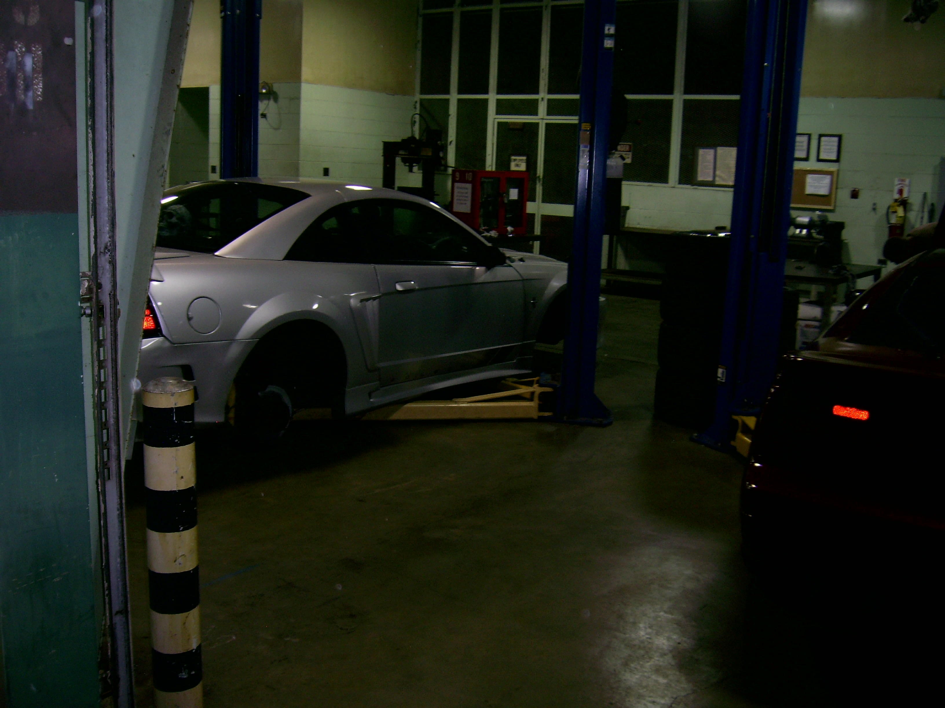Another Sifuf07 2000 Ford Mustang post... - 13977337