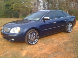 dewaun's 2005 Ford Five Hundred