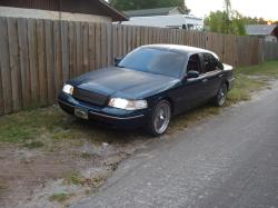 crownvicchriss 1999 Ford Crown Victoria