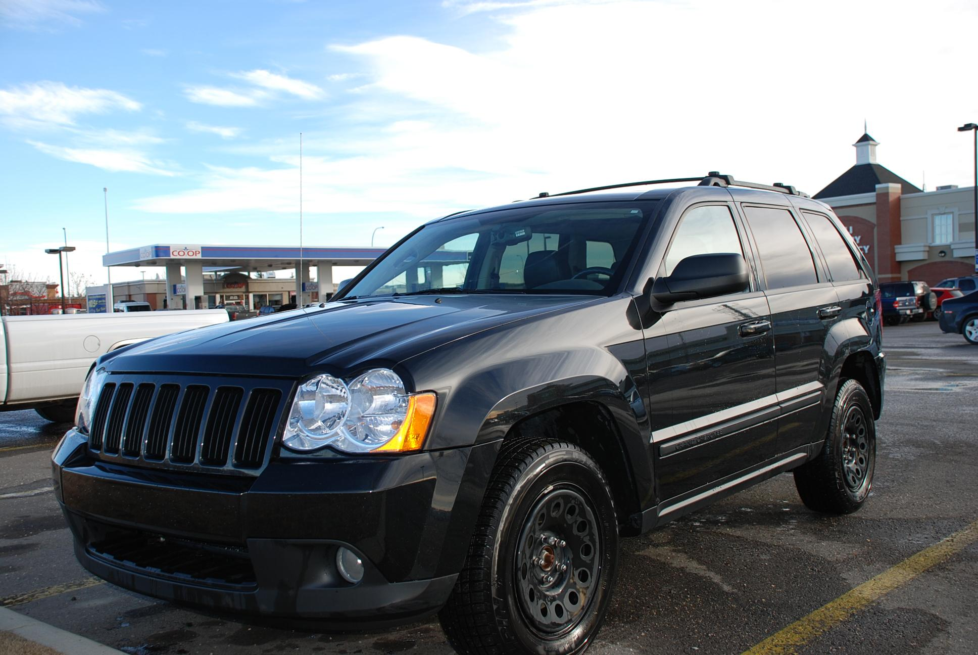 cherokee side profile jeep and test diesel ecodiesel show road summit one week news review grand more