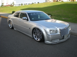 SLAMMED300s 2005 Chrysler 300