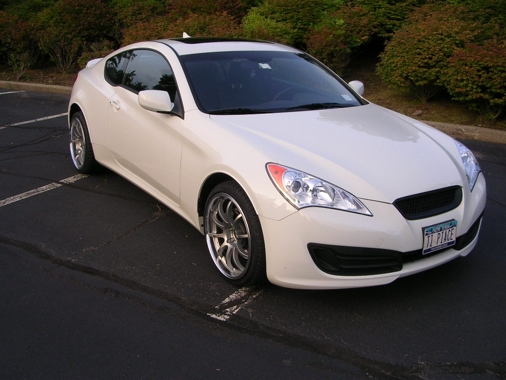 Import-Shark 2010 Hyundai Genesis Coupe 13992893
