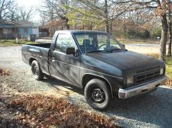 snoop-e 1990 Nissan D21 Pick-Up