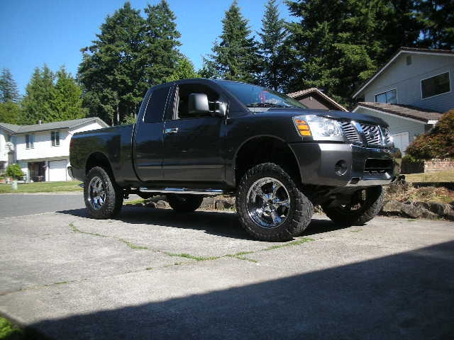 You are looking at a 2006 Nissan Titan King cab SE.
