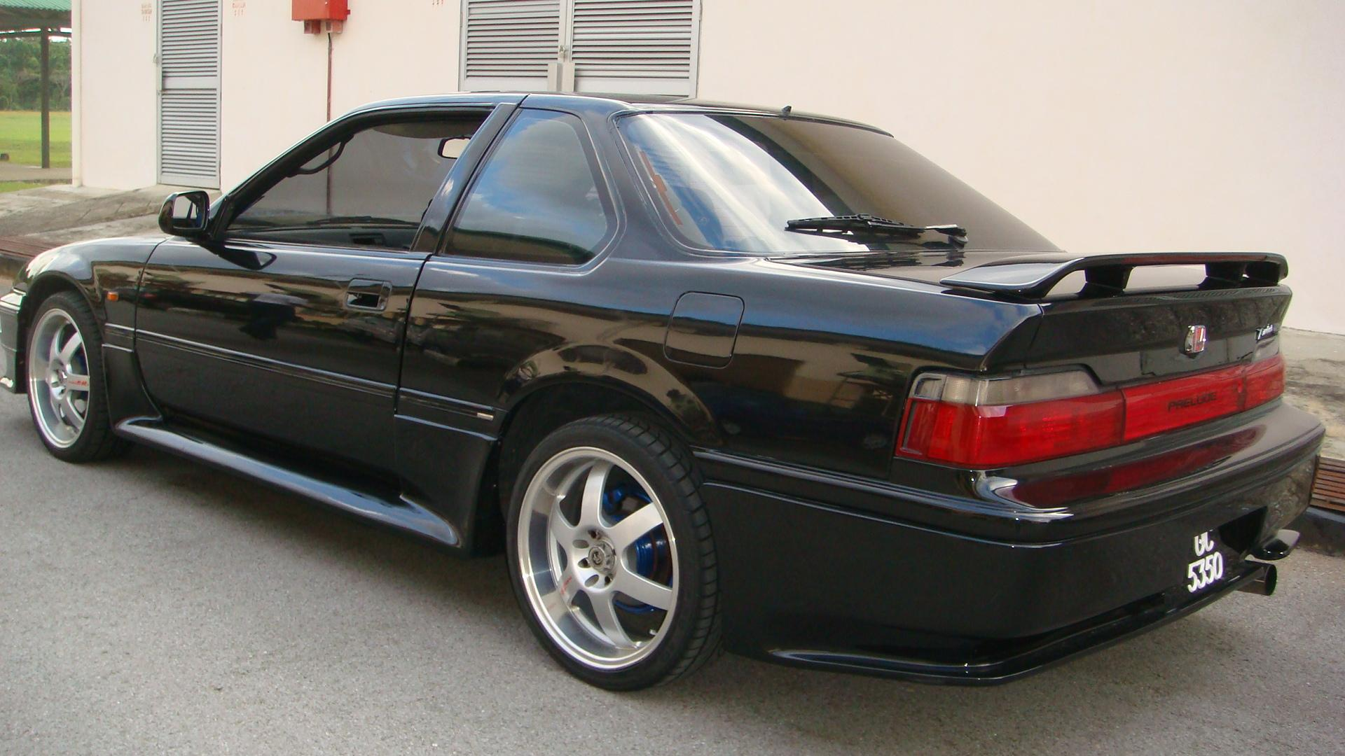 inteR 1988 Honda Prelude Specs, Photos, Modification Info at CarDomain