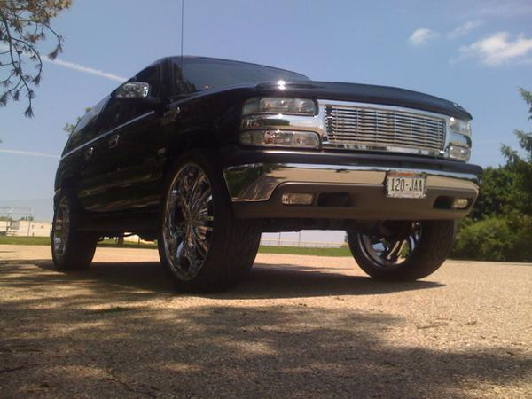lucioh 09 2004 chevrolet suburban 1500 specs photos. Black Bedroom Furniture Sets. Home Design Ideas