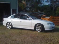 21dean21 1997 Holden Berlina