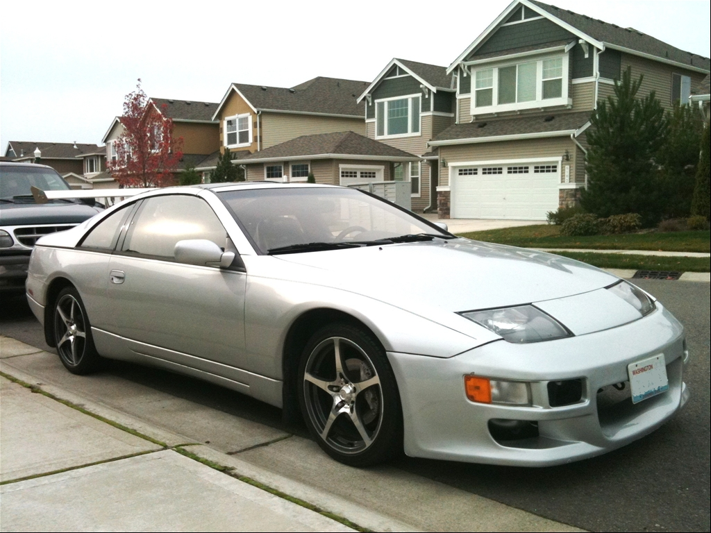 300ZX Sitting on Staggered Wheels http://www.cardomain.com/ride/3814352/1990-nissan-300zx/