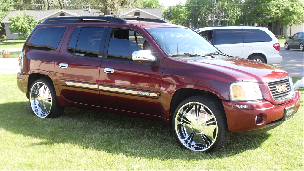 slybynight 39 s 2004 gmc envoy in lacrosse wi. Black Bedroom Furniture Sets. Home Design Ideas