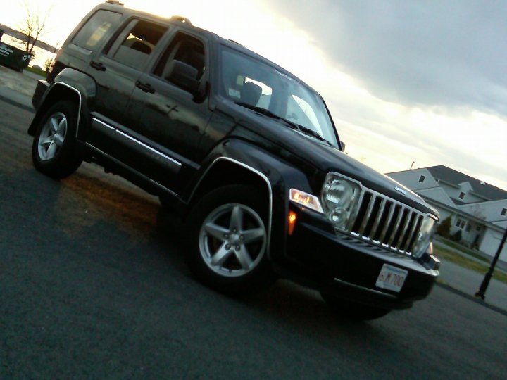Another crane172 2008 Jeep Liberty post... - 14018444