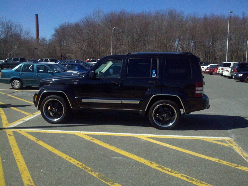 Another crane172 2008 Jeep Liberty post... - 14018445
