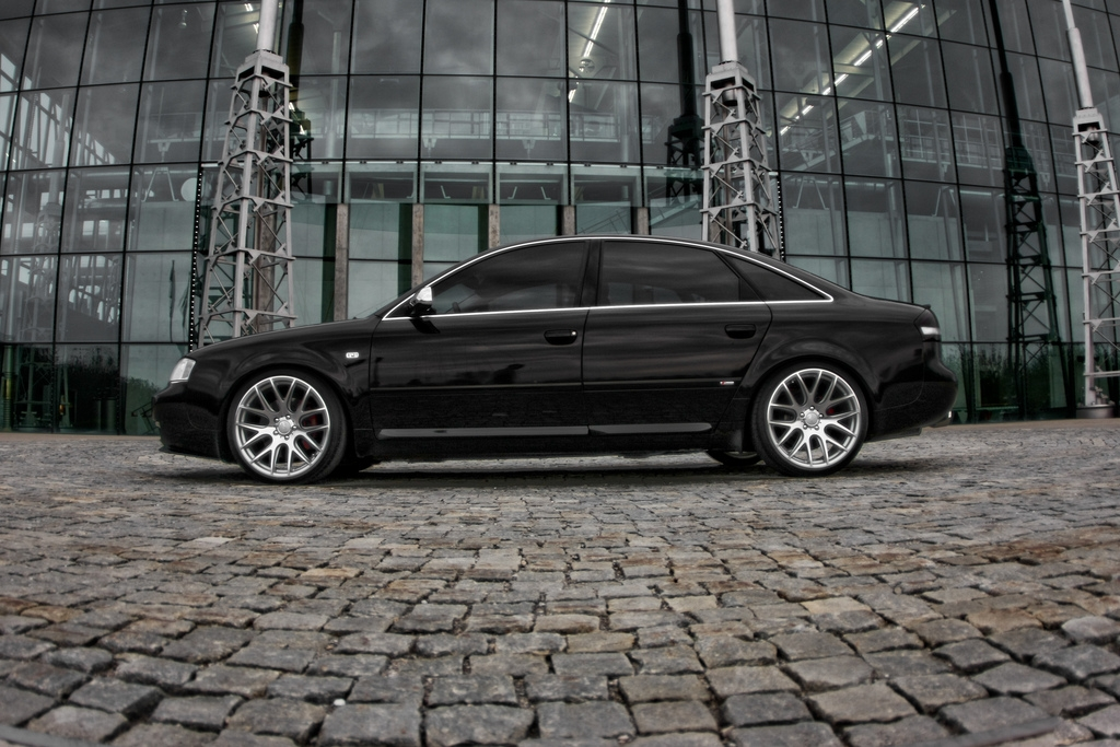 Диски Фото Audi A6 (Ауди А6) 2004 года, диски, салон: http://zk-cars.com/index.php/auto/item/26665