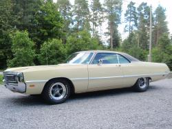 ToniQ 1969 Chrysler Newport