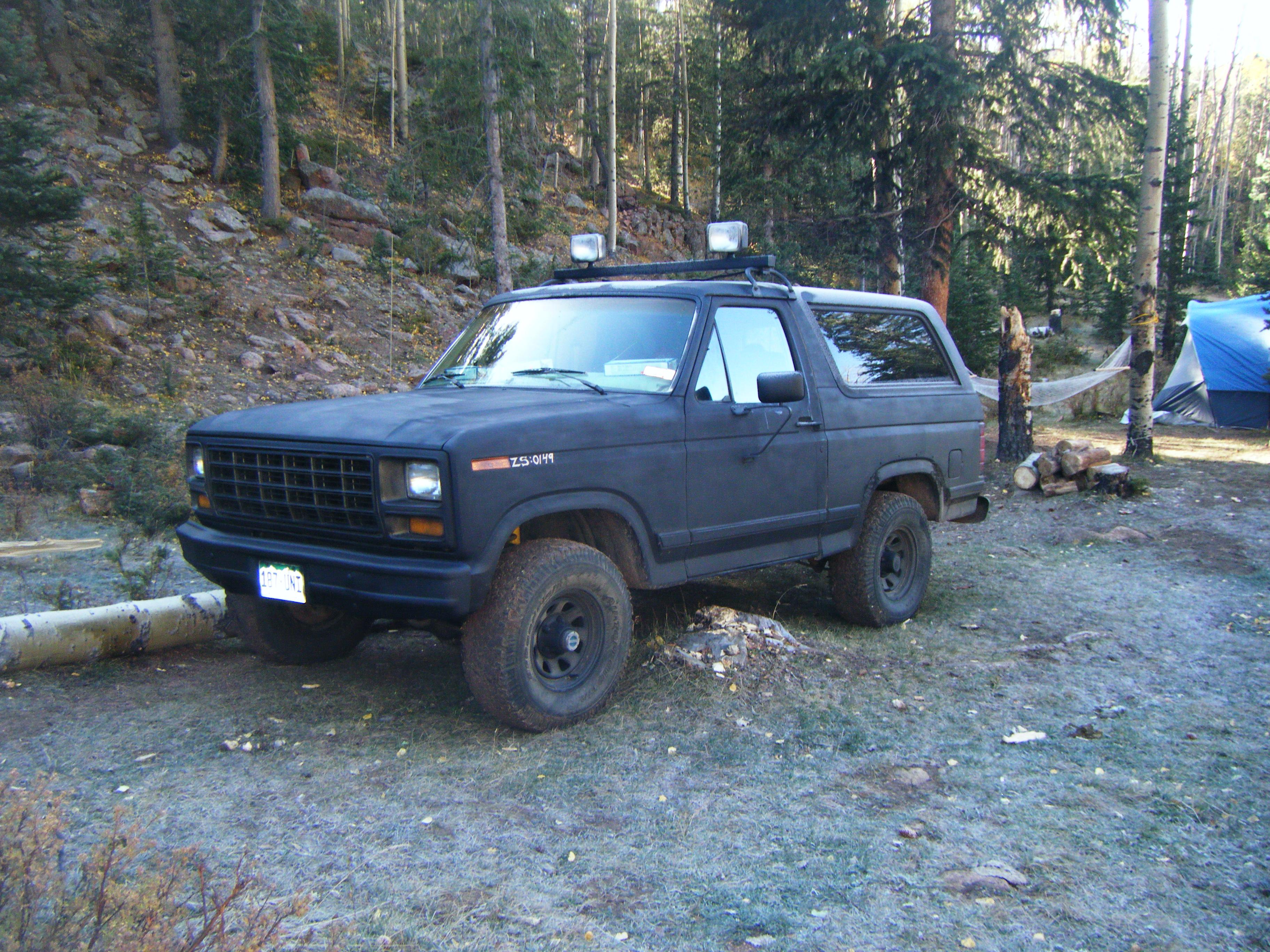 ZombieSoldier 1982 Ford Bronco