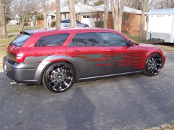 bruisedmangos 2005 Dodge Magnum