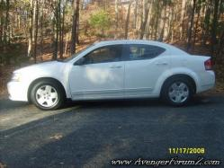 DrAudio33's 2008 Dodge Avenger