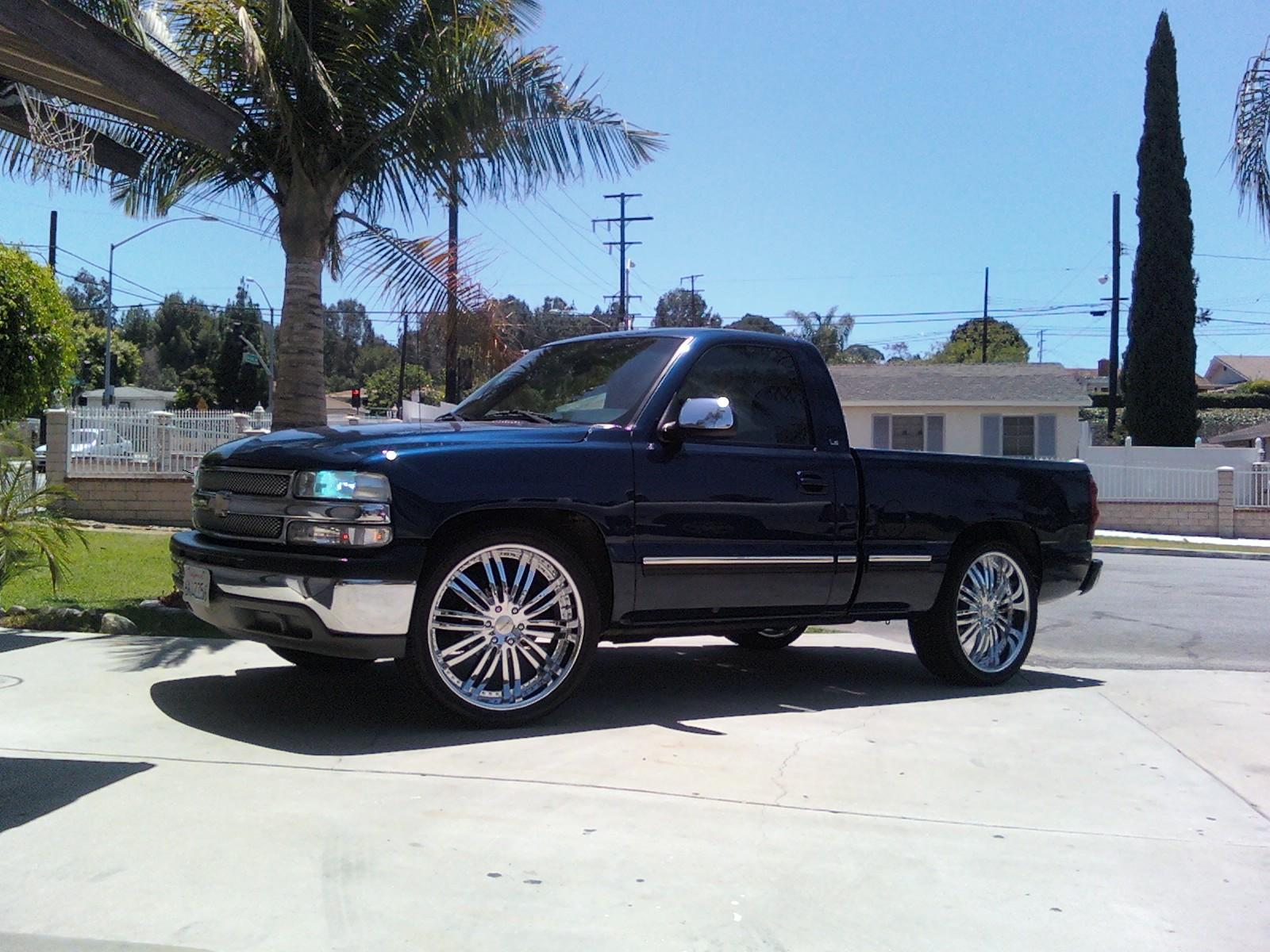 sittinglowon4s 2001 chevrolet silverado 1500 regular cab. Black Bedroom Furniture Sets. Home Design Ideas