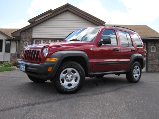 Carmodifier 2006 Jeep Liberty 14043772