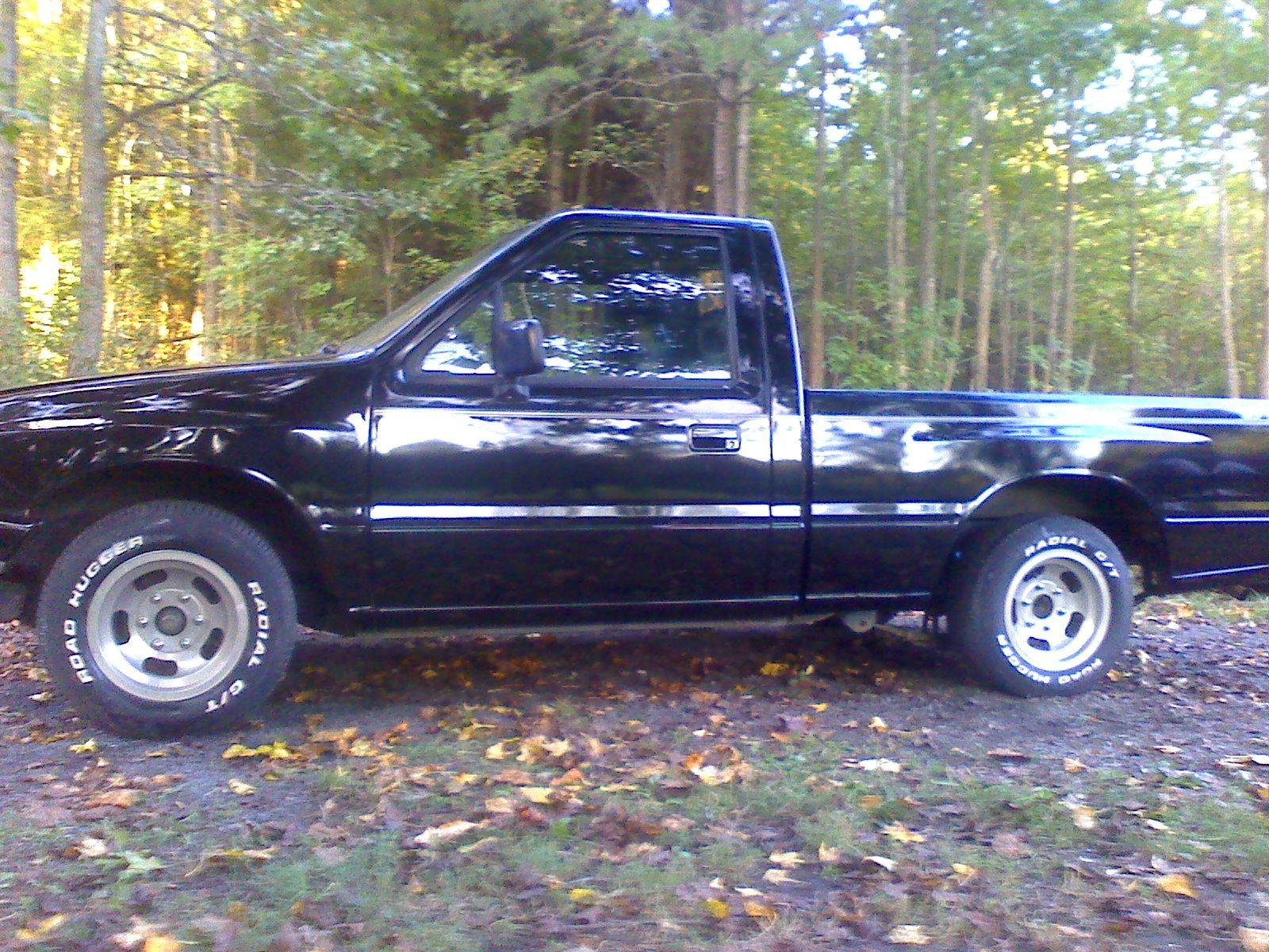 liljosh2010's 1990 Isuzu Regular Cab