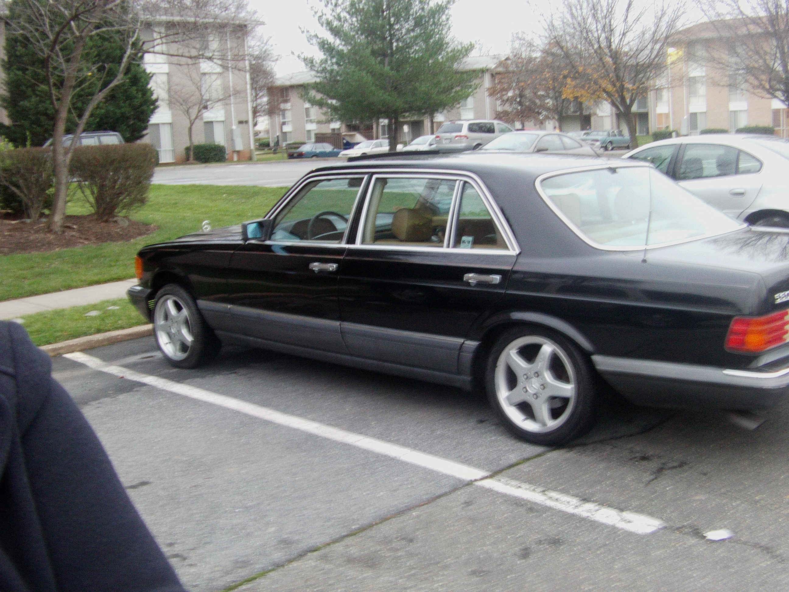 moneyclipG's 1989 Mercedes-Benz 560SEL