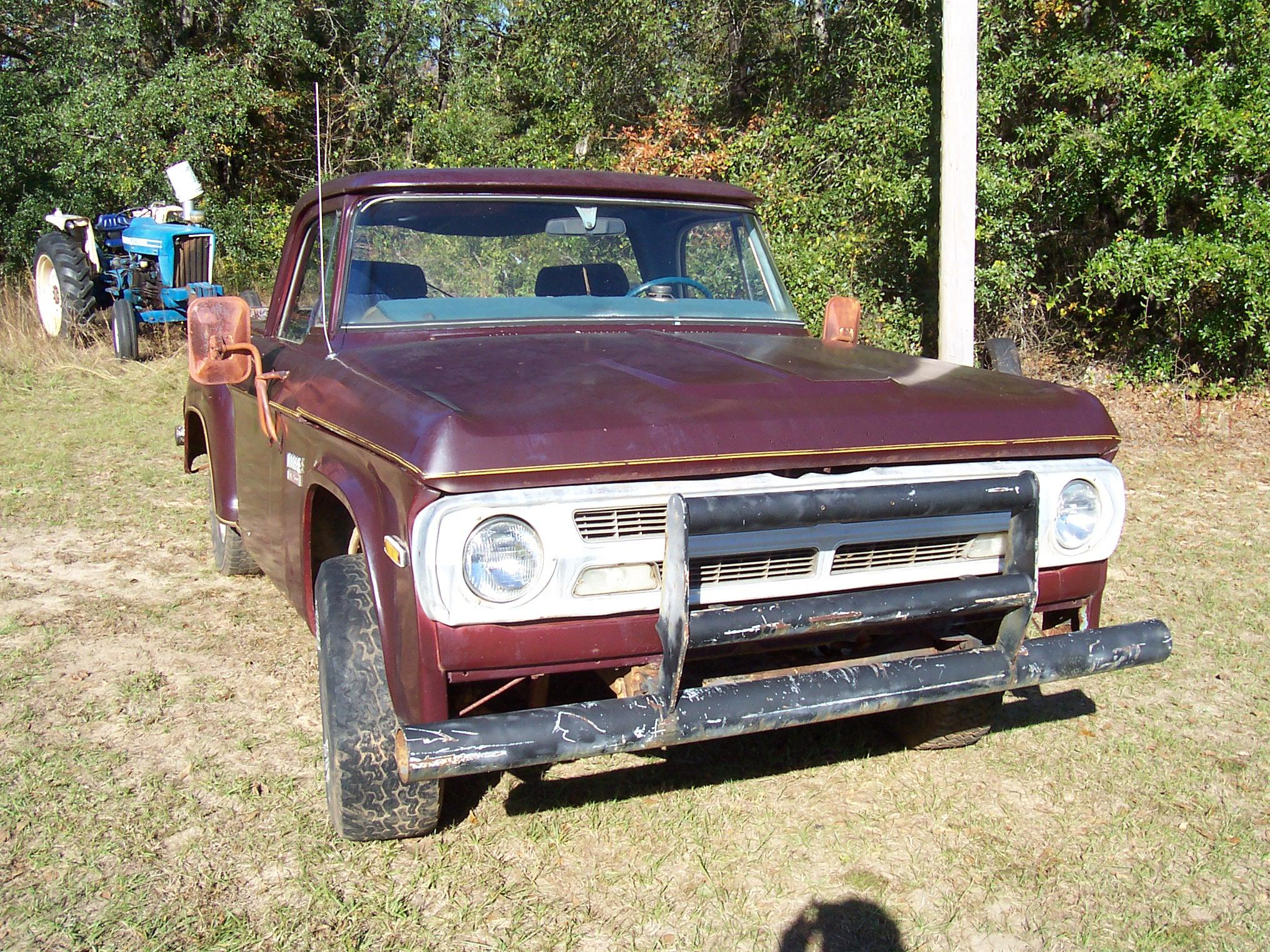1970 Dodge D150 Club Cab
