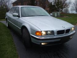 DougRenchers 1998 BMW 7 Series