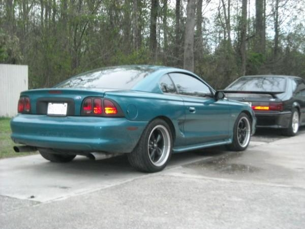Another tOnKaTrAcKeR 1996 Ford Mustang post... - 14049015