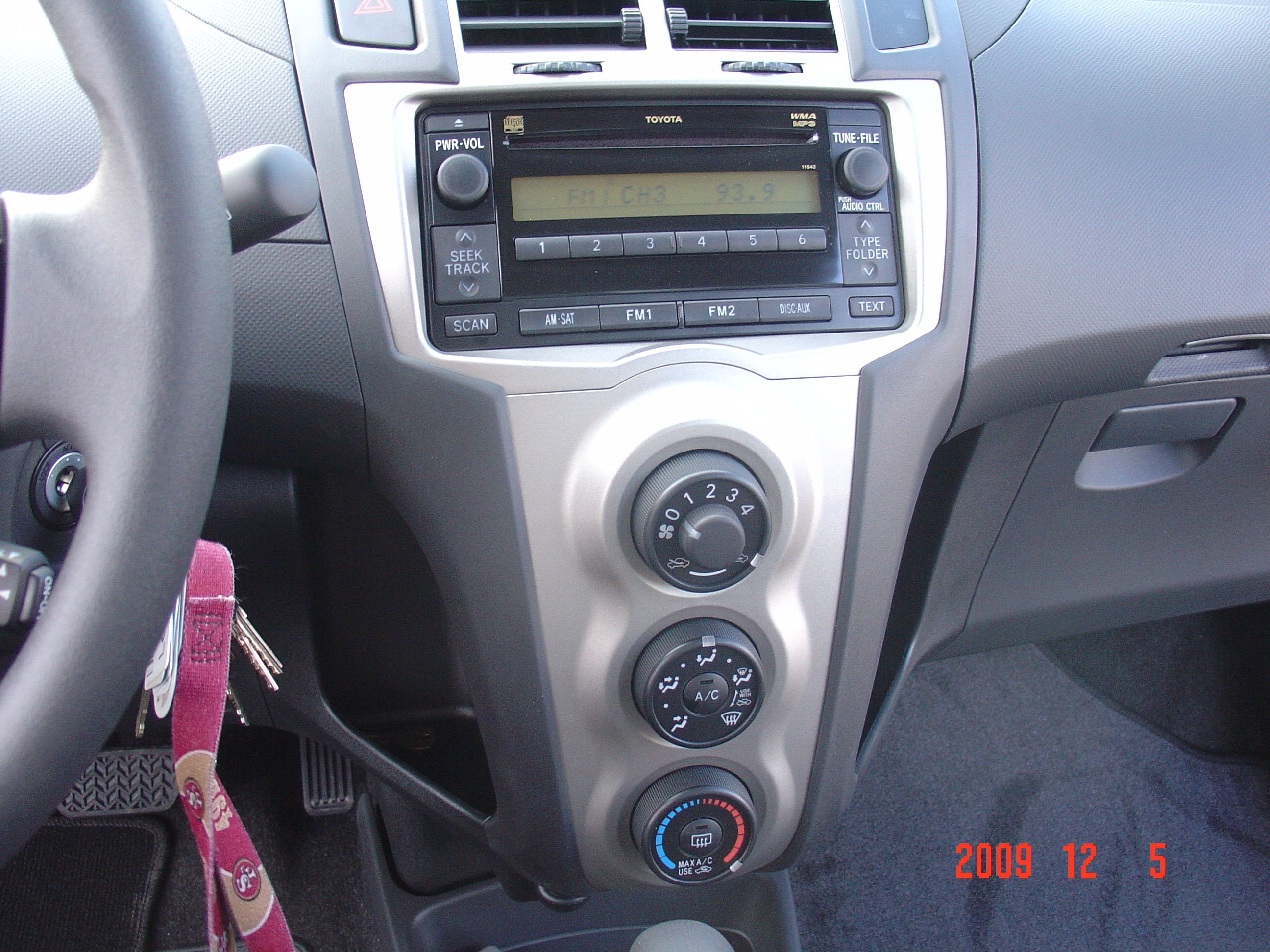 Another Loon 2010 Toyota Yaris post... - 14067453