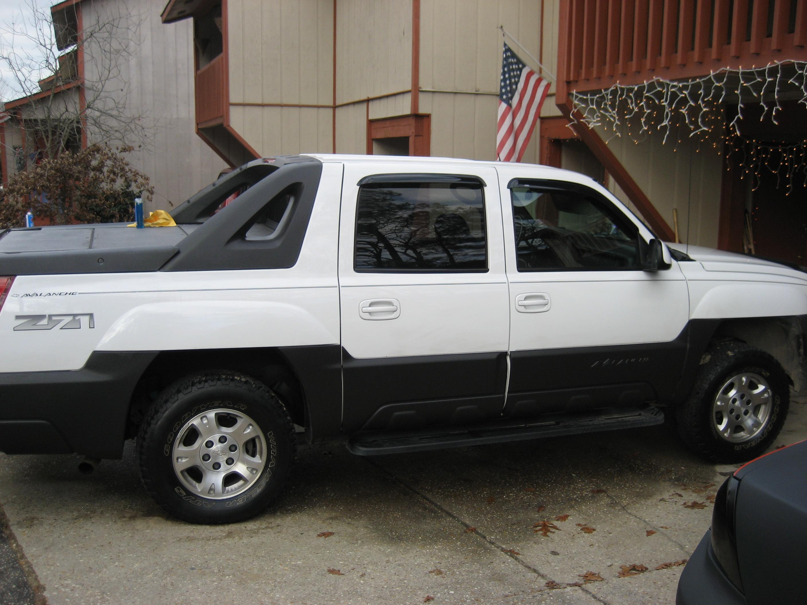 krisgibbs28 2004 Chevrolet Avalanche Specs Photos Modification