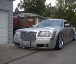 buhda0422s 2009 Chrysler 300