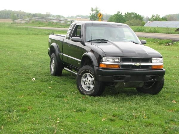 squirt516 1998 chevrolet s10 regular cab specs photos modification info at cardomain. Black Bedroom Furniture Sets. Home Design Ideas