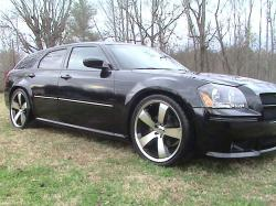 AGCTrackandFields 2005 Dodge Magnum