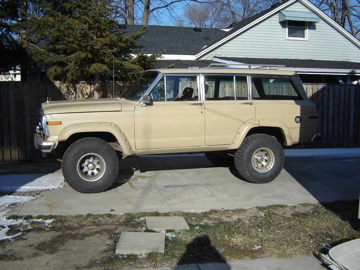 FarRider 1987 Jeep Grand Wagoneer