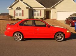 chris_wallace21s 2002 Nissan Sentra