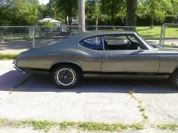 220890s 1970 Oldsmobile Cutlass