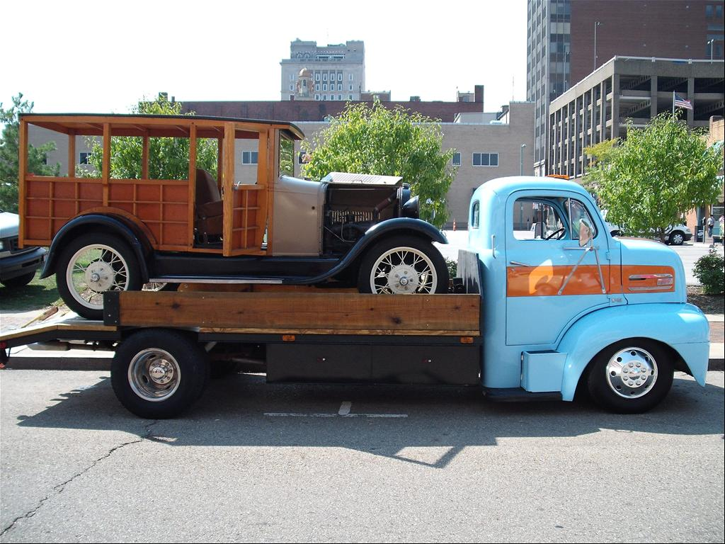 Ford 1948 F5 COE Truck http://www.cardomain.com/ride/3822801/1948-ford-f150-regular-cab/