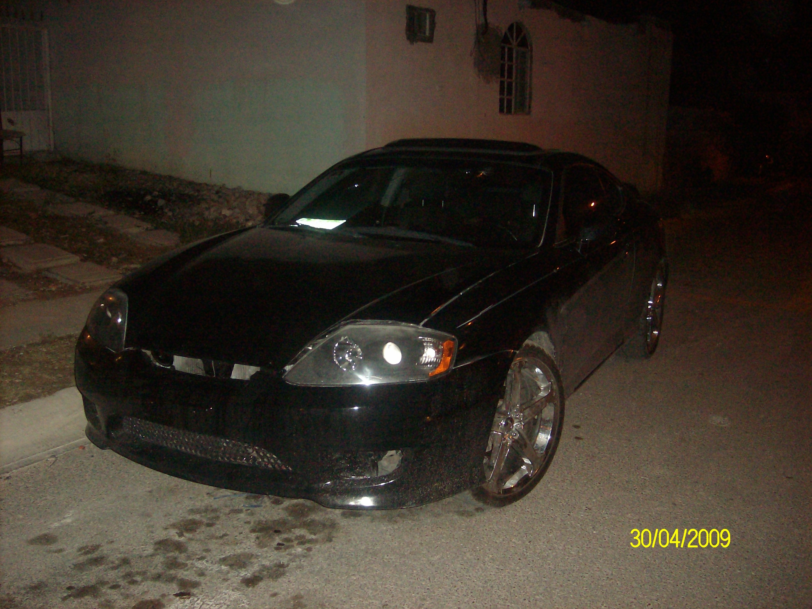 blackstone830 39 s 2006 hyundai tiburon in piedras negras. Black Bedroom Furniture Sets. Home Design Ideas