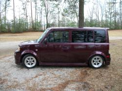Brandonbrown1992s 2005 Scion xB