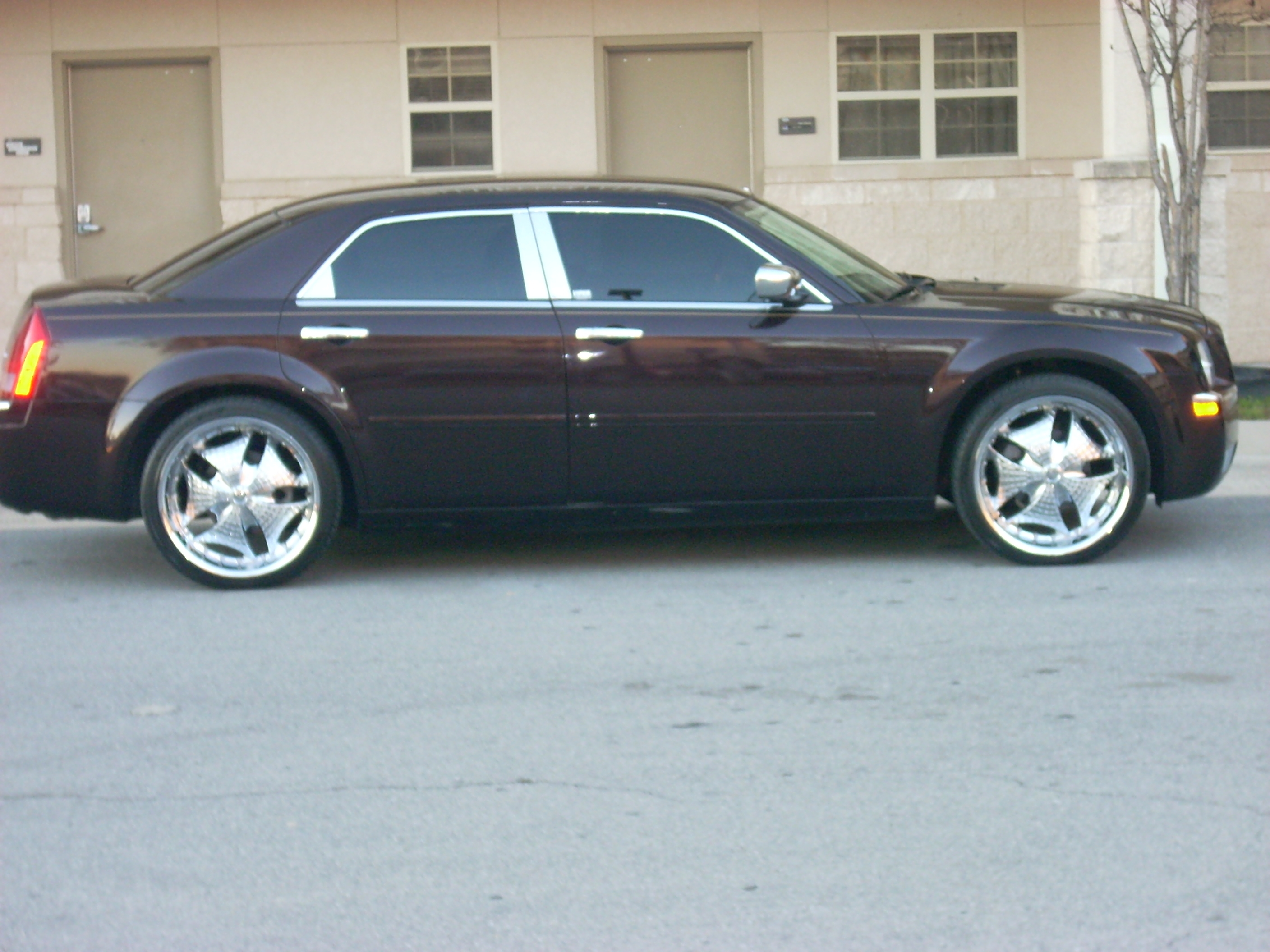 Manny_World 2005 Chrysler 300 14119398