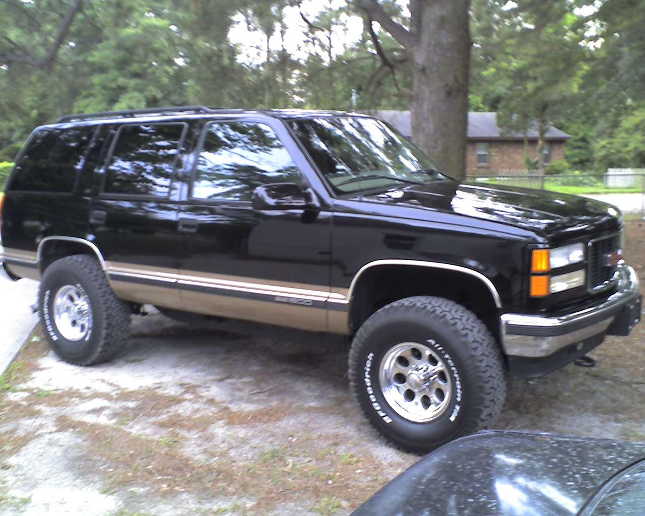 cdwaterman88 1999 GMC Yukon Specs, Photos, Modification ...