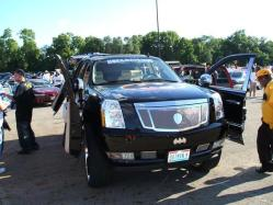 youngfuzzins 2009 Cadillac Escalade