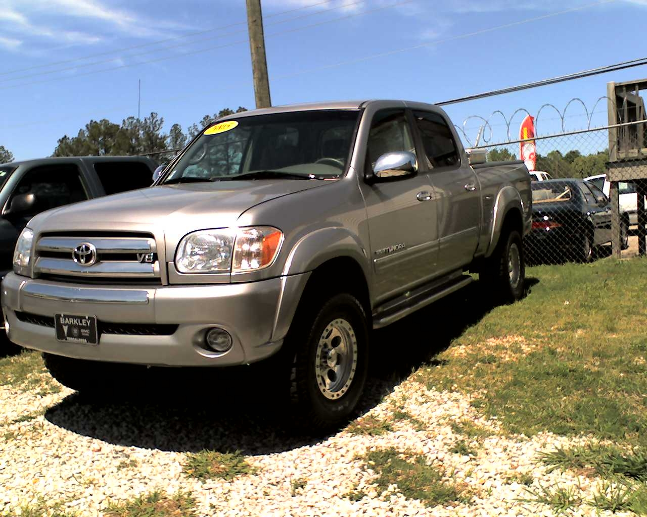 05uadc 2005 toyota tundra double cabsr5 pickup 4d 6 1 4 ft specs photos modification info at. Black Bedroom Furniture Sets. Home Design Ideas