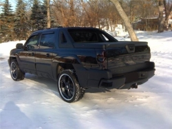 lanchearmstrong 2004 Chevrolet Avalanche
