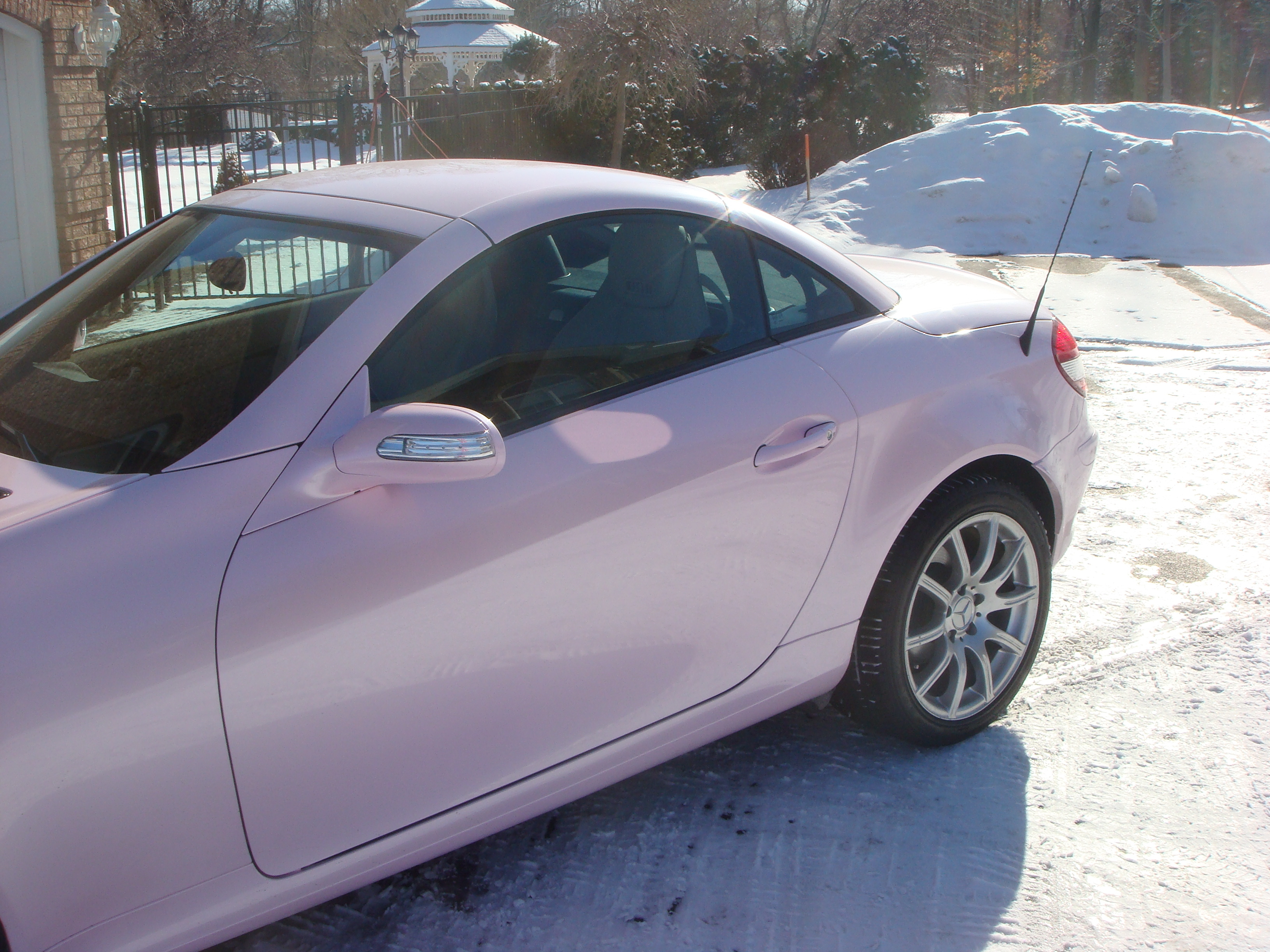 Another PinkQT 2006 Mercedes-Benz SLK-Class post... - 14149054
