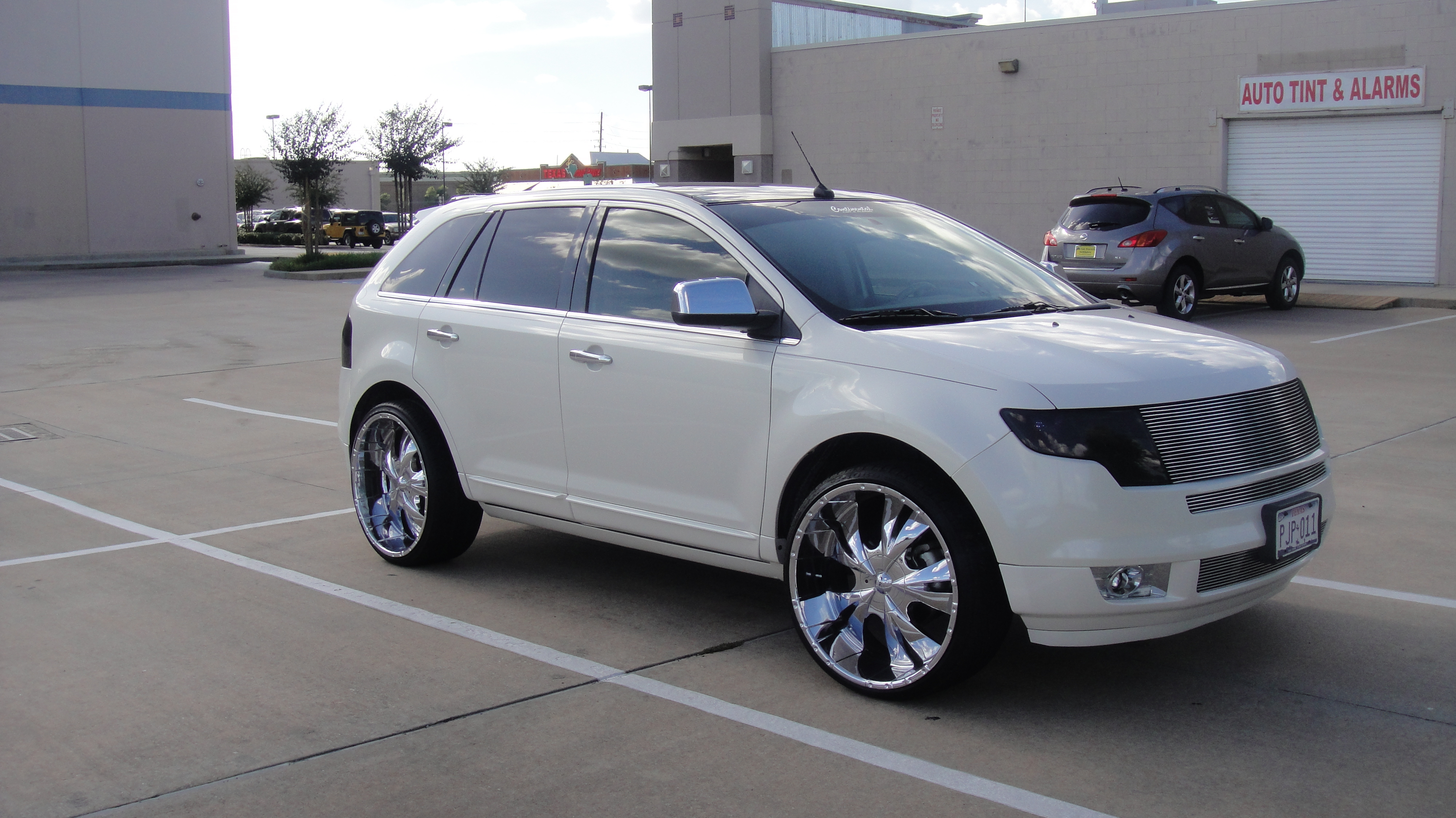 Photos of Ford Edge Aftermarket Wheels